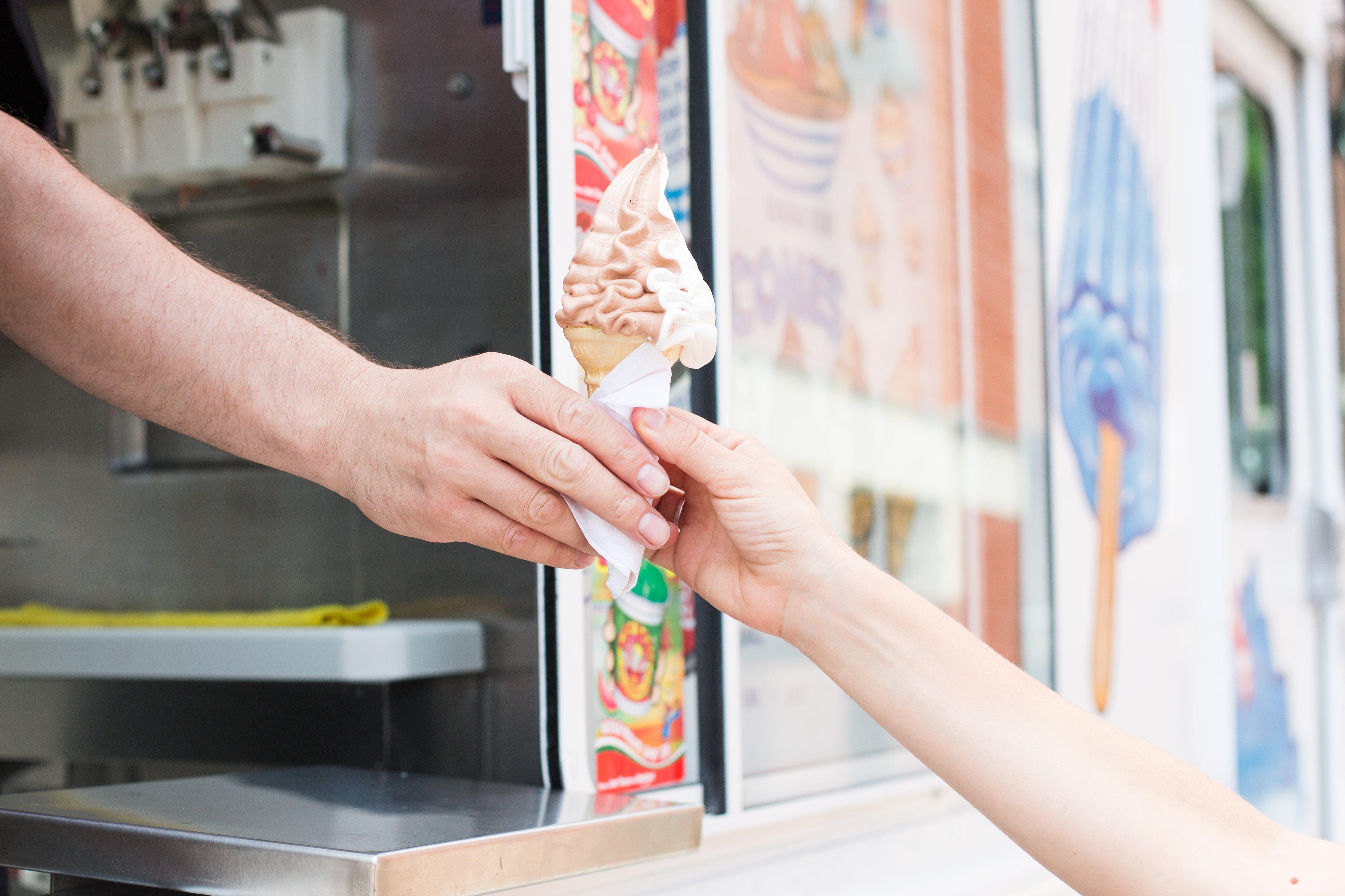 ice-cream-truck_4460x4460.jpg